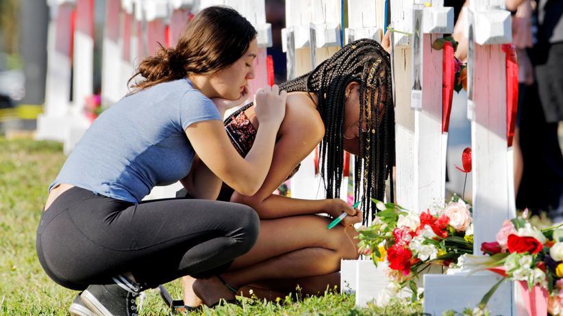 USA: Florida will nach Schulmassaker Waffengesetze verschärfen