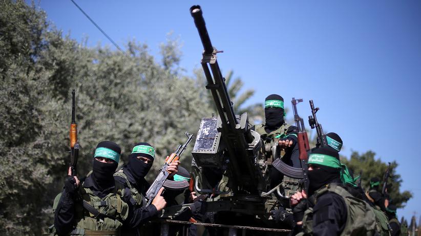 Gazastreifen: Kämpfer der radikalislamischen Hamas bei einer Militärübung