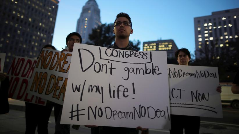 Einwanderungspolitik: US-Regierung verklagt Kalifornien