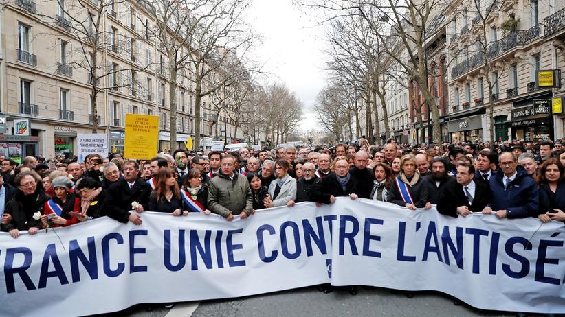 Frankreich: Tausende bei Trauermarsch für getötete Holocaustüberlebende