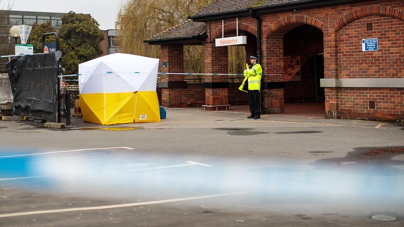 Sergej Skripal: Die Polizei untersucht in Salisbury die Gegend, in der der russische Ex-Spion Sergej Skripal und seine Tochter vergiftet wurden.