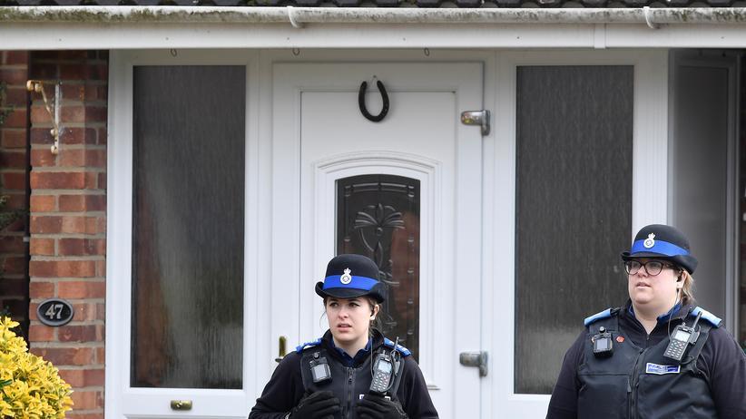 Sergej Skripal: Ex-Spion kam offenbar zu Hause mit Nervengift in Berührung