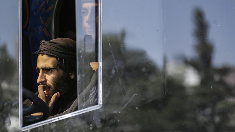 Syrien: Tausende Bewohner und Rebellen verlassen Ostghuta