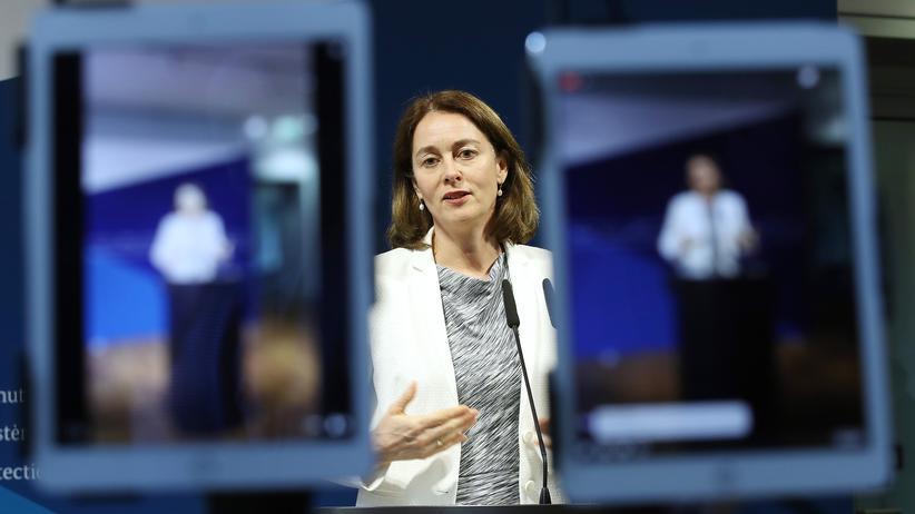 Datenschutz: Justizministerin prüft schärfere Regeln für soziale Netzwerke