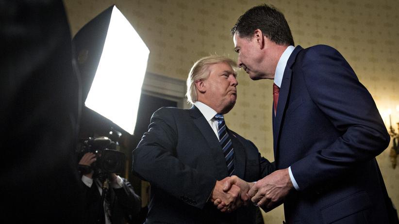 Ex-FBI-Chef: Comeys Notizen über Gespräche mit Trump veröffentlicht