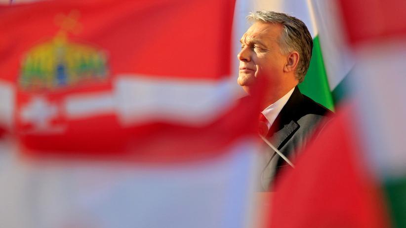 Ungarn: Der ungarische Premier Victor Orbán spricht auf einer Wahlkampfveranstaltung.