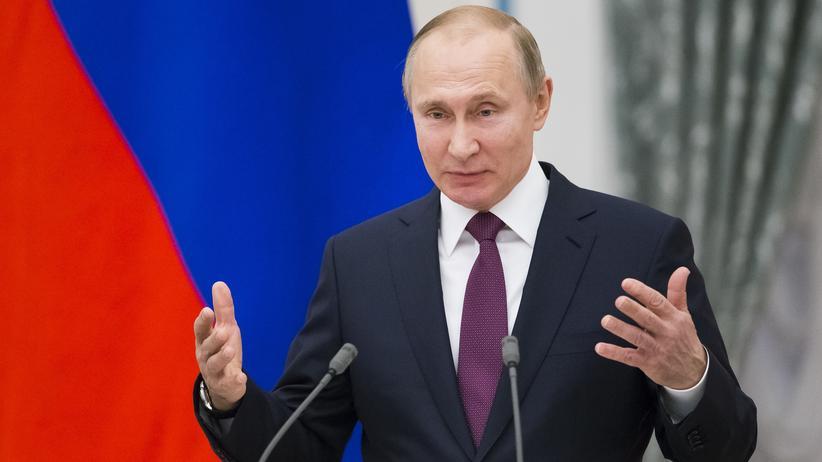 Wladimir Putin : Russland kündigt harte Reaktion auf neue US-Sanktionen an