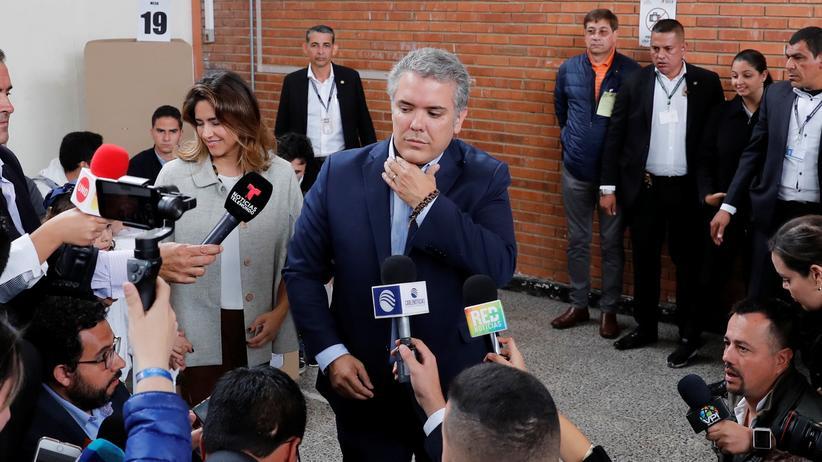 Kolumbien: Konservativer geht als Führender in Stichwahl