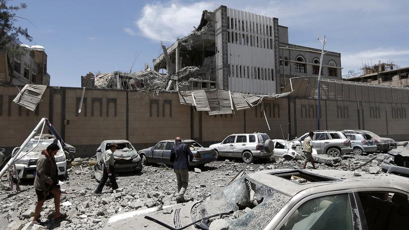 Jemen: Tote bei Luftangriffen auf Präsidentenbüro