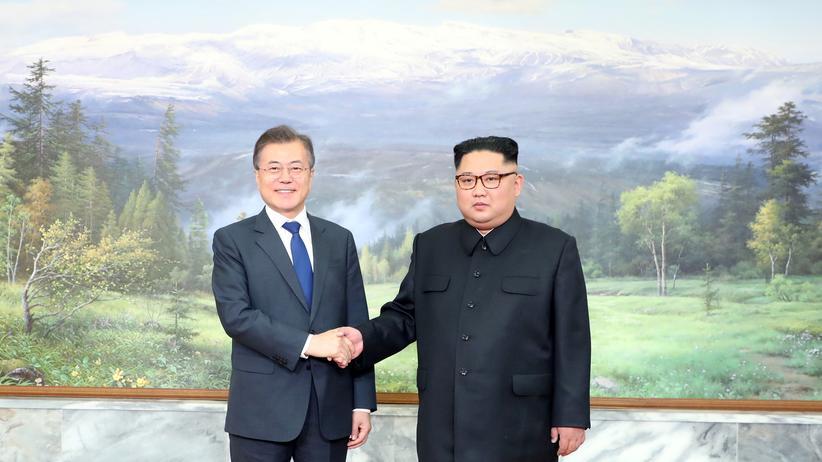 Korea-Konflikt: Überraschendes Treffen zwischen Kim und Moon