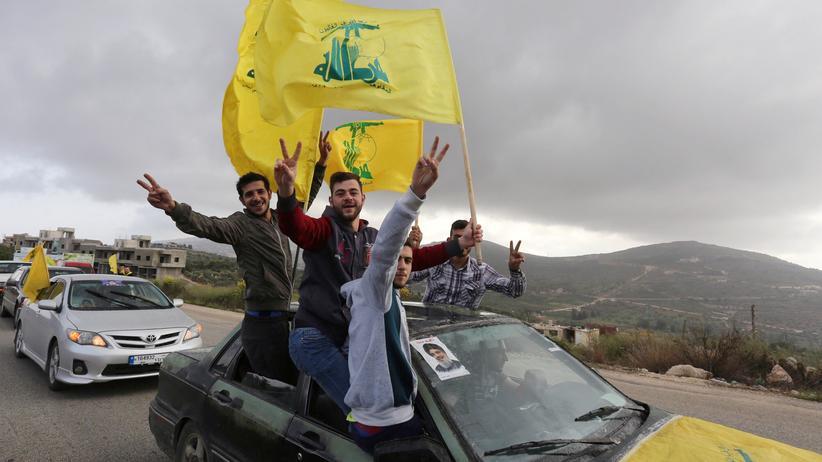 Libanon: Anhänger der Hisbollah feiern den Wahlsieg im Libanon.