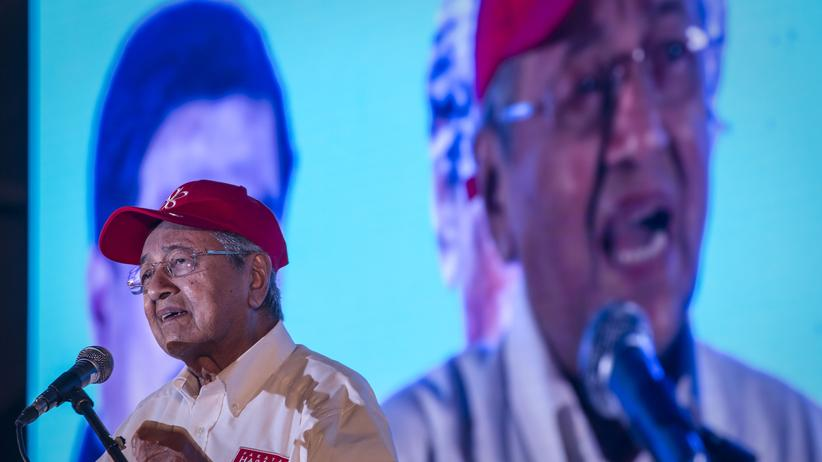 """Malaysia: """"Wir wollen keine Rache"""", sagte der 92-jährige Wahlsieger Mahathir Mohamad, """"wir wollen die Rechtsstaatlichkeit wiederherstellen."""""""