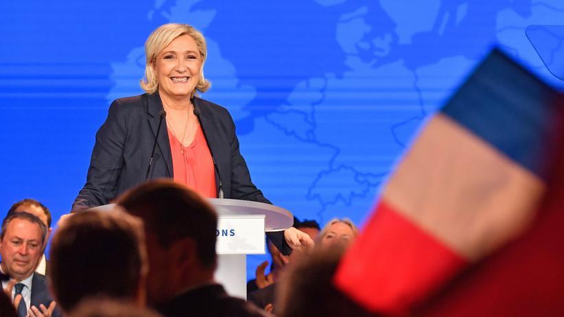 Nizza: Rechtsextremes Treffen unter Palmen