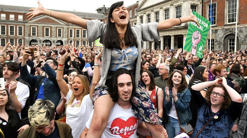 """Irland : """"Ein großer Sieg für Menschlichkeit und Mitgefühl"""""""