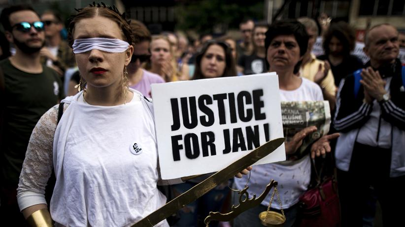 "Slowakei: Demonstration für eine ""anständige Slowakei"" in Bratislava, Anfang Mai"