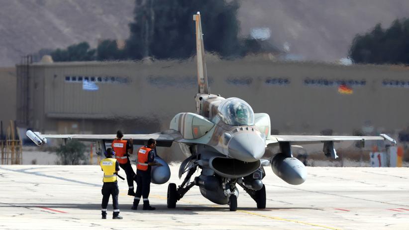 Syrien: Militärflughafen nahe Homs angegriffen