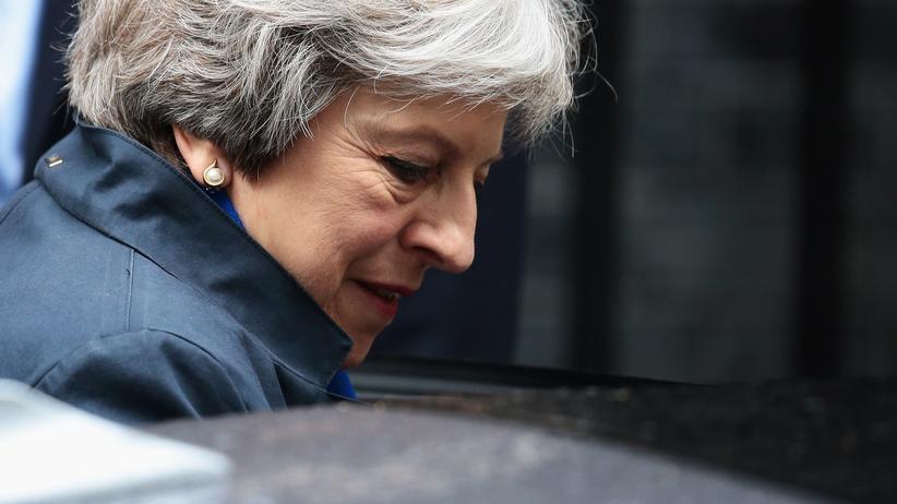 Großbritannien: Brexit-Hardliner drohen mit Zusammenbruch der Regierung