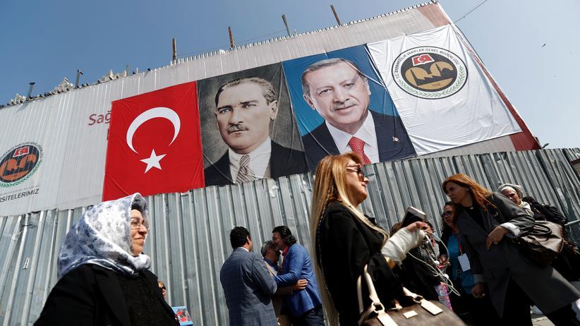 Türkei: Europaratsbeobachter sehen freien und fairen Wahlkampf gestört