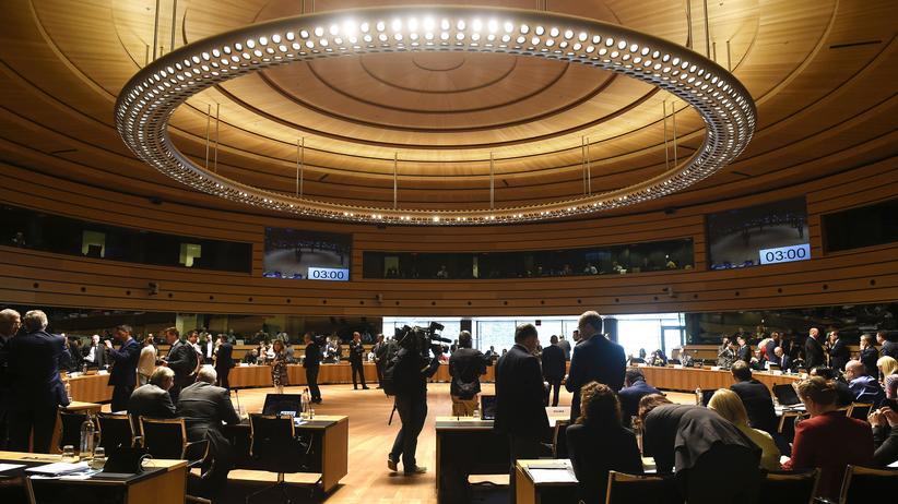 Westbalkan: EU nimmt Beitrittsgespräche mit Albanien und Mazedonien auf