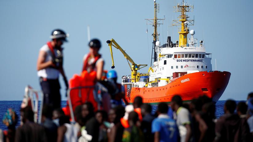"""Rettungsschiff """"Aquarius"""": Das Gute, das Böse und dazwischen Salvini"""