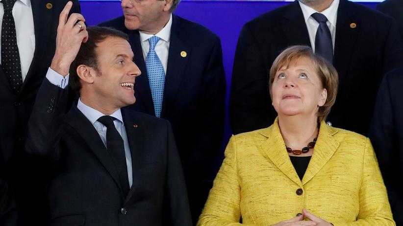 Deutschland und Frankreich: Frankreichs Präsident Emmanuel Macron und Bundeskanzlerin Angela Merkel während des EU-Gipfels in Brüssel im Dezember 2017
