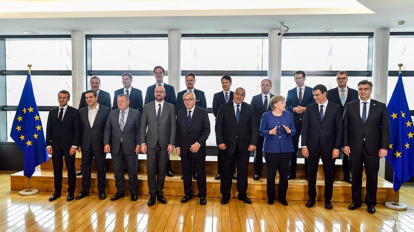 EU-Sondertreffen: Staats- und Regierungschefs von 16 EU-Staaten haben sich im Brüssel zum Sondergipfel getroffen.