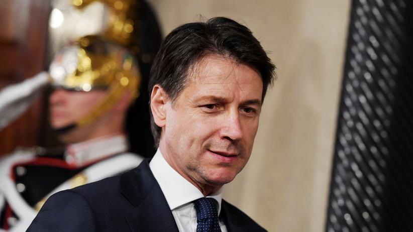 Italien: Neuer Regierungschef Giuseppe Conte vereidigt