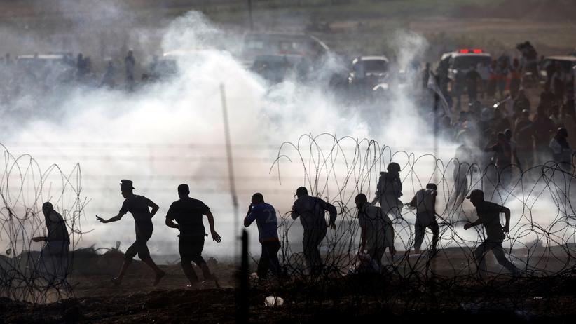 Nahostkonflikt: Palästinenser an der Grenze zwischen Israel und Gaza