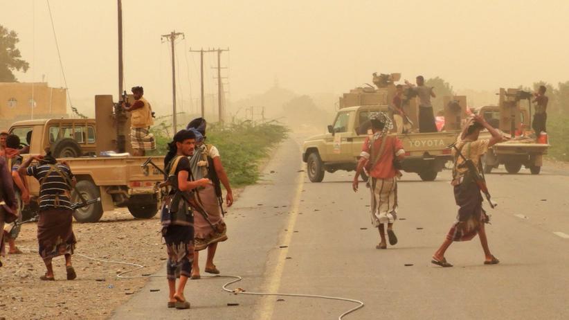 Jemen: Militärallianz erobert Flughafen zurück