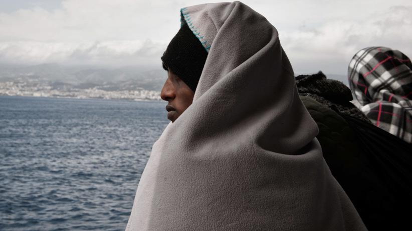 Seenotrettung im Mittelmeer: Italien schließt seine Häfen für Schiffe von Hilfsorganisationen
