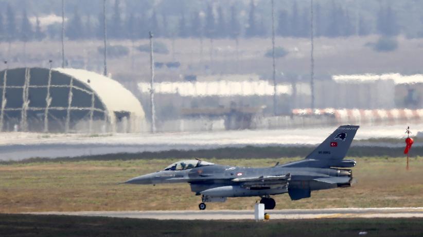 Nordirak: Türkische Luftwaffe greift PKK-Kämpfer an