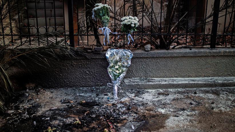 Alexis Tsipras: Gedenken an die Opfer in der Ortschaft Mati in der Nähe von Athen