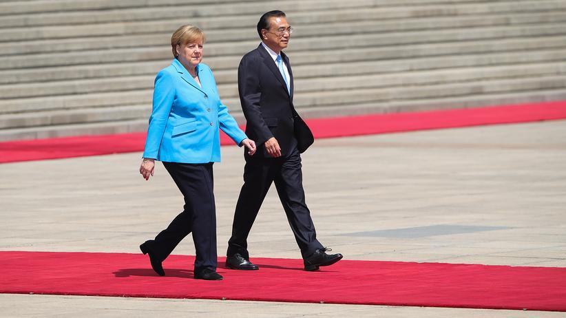 Handelsstreit: Angela Merkel und Chinas Ministerpräsident Li Keqiang bei einem Treffen in Peking im Mai 2018