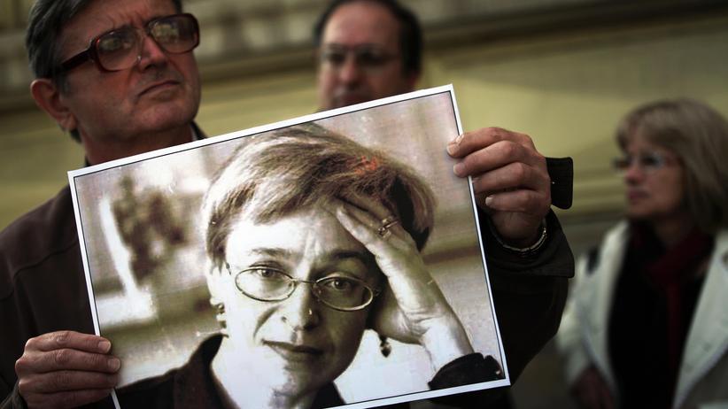 Mord an Journalistin: Russland wegen Politkowskaja-Ermittlungen verurteilt