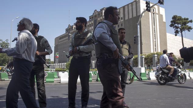 Anschläge in Teheran: Iran richtet mutmaßliche IS-Mitglieder hin