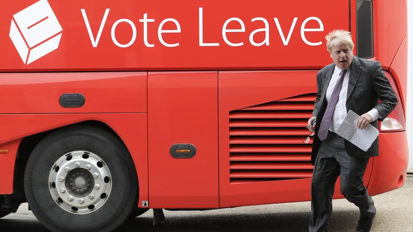 Brexit-Kampagnen: Boris Johnson beim Besuch der Vote-Leave-Kampagne in Christchurch (23.6.2016)