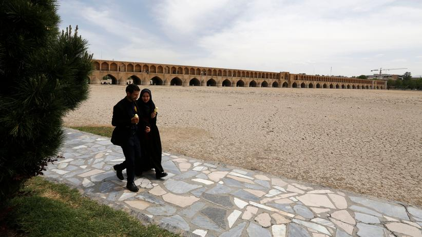 Iran: Ausschreitungen bei Protesten gegen Wassermangel