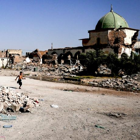 Mosul: Where the Smell of Death Still Lingers