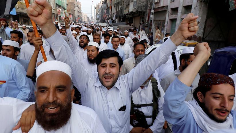 Pakistan: Parteien rufen zu Protesten auf