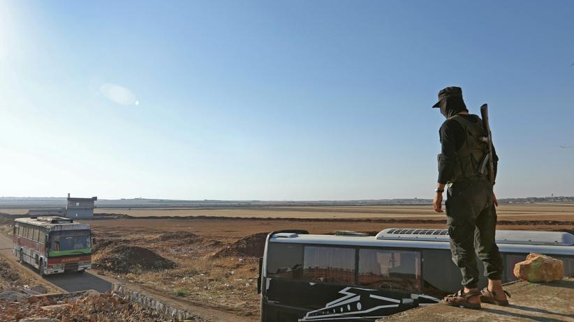 Syrien: Von Rebellen belagerte Orte werden evakuiert