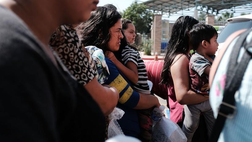 US-Grenzpolitik: Unter der Regierung von US-Präsident Donald Trump wurden insgesamt mehr als 2.000 Einwandererkinder an der Grenze von ihren Eltern getrennt.