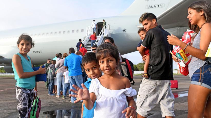 Venezuela: Brasilien will Flüchtlinge im Land verteilen