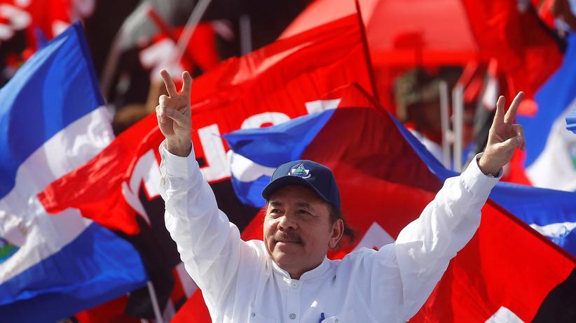Nicaragua: Er benutzt die Armen nur!