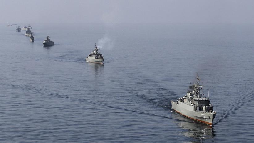 Iran und USA: Lieber Militärmanöver als Sozialpolitik