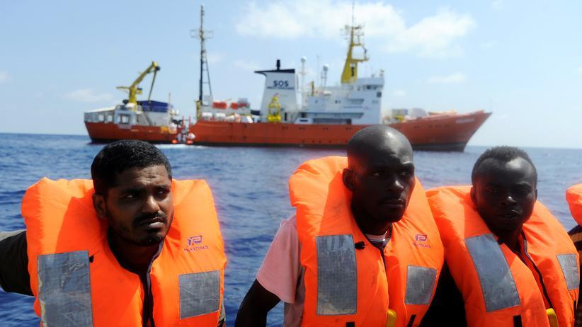 "Seenotrettung: Die ""Aquarius"" rettet immer wieder Flüchtlinge aus dem Mittelmeer."