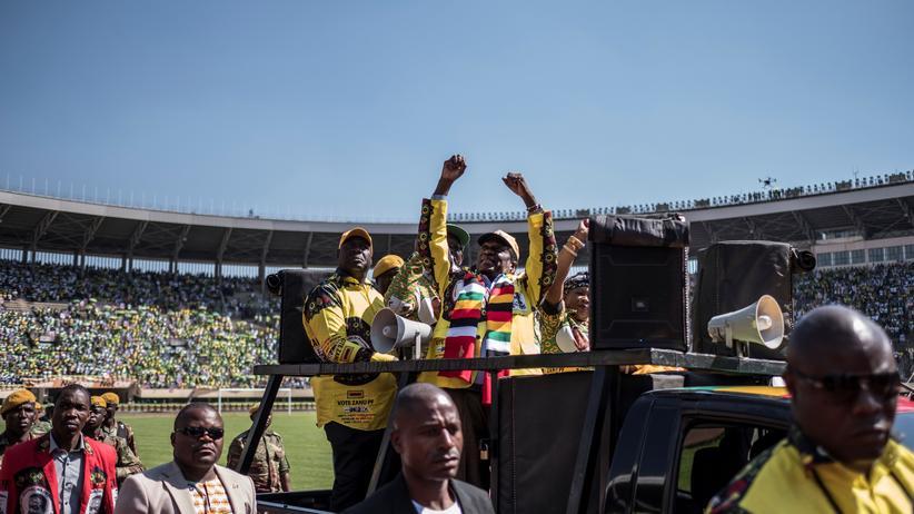 Simbabwe: Regierungspartei holt absolute Mehrheit bei Parlamentswahl