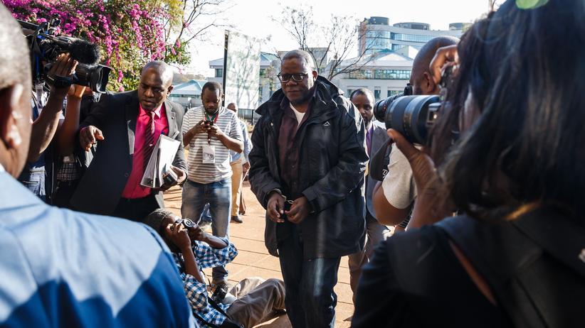 Simbabwe: Auch der Oppositionspolitiker Tendai Biti sieht im Sieg von Emmerson Mnangagwa Wahlbetrug.