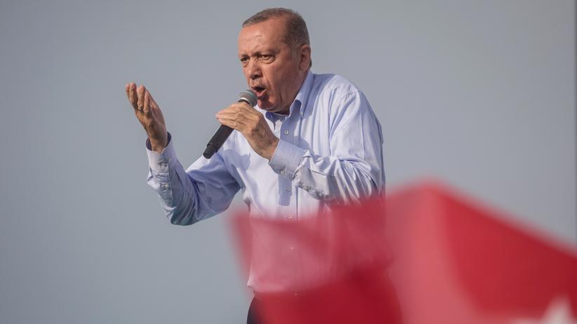 Türkei: Recep Tayyip Erdoğan macht Ausland für Lira-Absturz verantwortlich