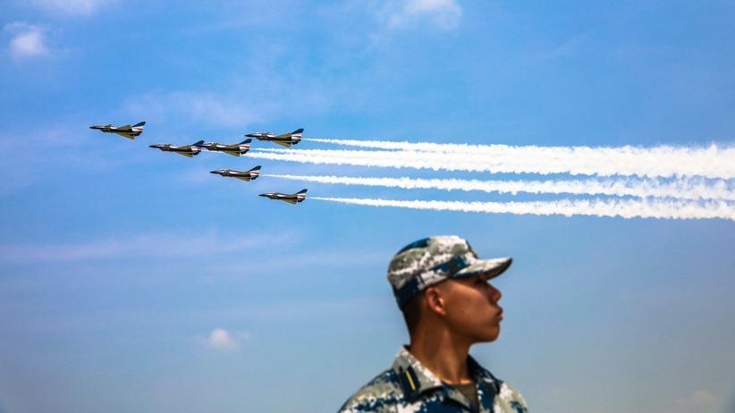 US-Verteidigungsministerium: China trainiert angeblich Luftangriffe auf US-Ziele