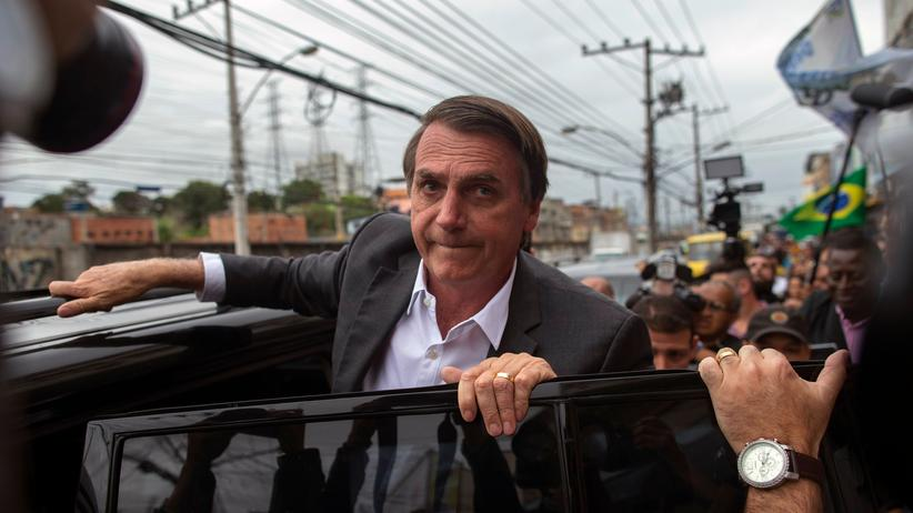 Brasilien: Messerangriff auf Präsidentschaftskandidat Jair Bolsonaro